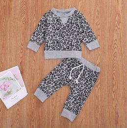 Discount leopard baby pajamas Baby Leopard Clothing Sets Infant Girls Tops Pants 2pcs Sets Long Sleeve Girls Pajamas Set Pullover Boutique Baby Clothi