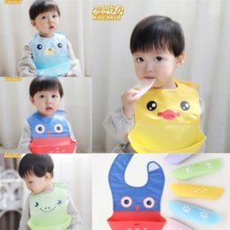 baby care clothes UK - zHyZX Bandana Clothes Towel Waterproof Cute Cartoon Boys Babies Lunch Burp bib short yellow Baby Care Breastplates for Girl EVA Cartoons