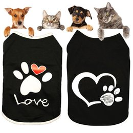 Discount dog design t shirts New Dog Shirt Coat Vest Small Dog Cat Dogs Clothes Print Heart Love Design Cotton T Shirt Pet Puppy Summer Apparel Cloth