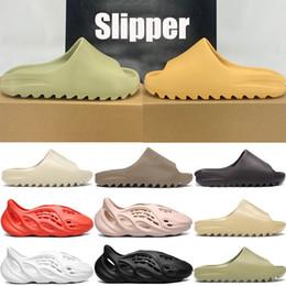 Wholesale New Top kanye foam runner slide sandal shoes men women triple black white bone resin desert sand slipper sandals US 5-11