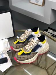 venda por atacado Gucci shoes Top Masculinos e Mulheres Casuais Sapatos Papai Sapatilhas Paris Moda Luxo Design Sapatos Senhoras Letras De Solicita Letras Patchwork Sneakers Tamanho 35-46