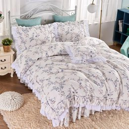 Discount ruffled king bedding set American country ruffle lace bedding set,twin full queen king cotton single double bedclothes bedspreads pillow case qui