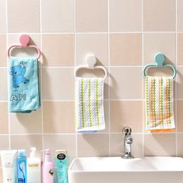 Großhandel Ringviskose Handtuch Pylons Haushalt Kein Spurnagel frei Wasserdichte Handtücher Hängende Rack Badezimmer Liefert 4 Farbe Option 2 7xr J2