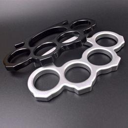 Venta al por mayor de Caliente Plata Negro Negro Metal Knuckle Dusters Autodefensa Seguridad Personal Mujeres y de defensa de los hombres Colgante