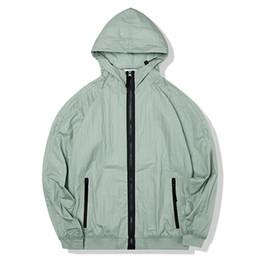 Konng Gonng春と夏の薄いジャケットファッションブランドのコート屋外の日焼け防止ウインドブレーカー日焼け止めの服の防水ジャケット