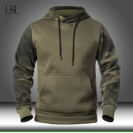 Wholesale Autumn Men's Military Camouflage Fleece Hoodies Army Tactical Male Winter Camo Hip Hop Pullover Hoody Sweatshirt Loose Clothing