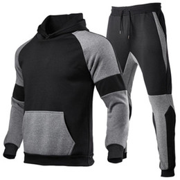 neue trendhose großhandel-Mens Splicing Sports Sets Mode Trend Langarm Mit Kapuze Sweatshirt Hose Anzüge Designer Mann Neue Verdicken Plus Größe Casual lose Trainingsanzüge