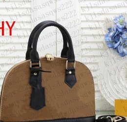 Bag NEW 2021 Bags Pochette V02 Shipping Crossbody High Mini Quality Messenger Bag Leather Womens Handbag Women Shoulder Designers Free Cqwe