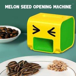 Toptan satış Elektrikli Kavun Peeling Makinesi Ev Otomatik Kavun Tohum Bombarme Makinesi Tembel Elektrikli Tohum Makinesi # G301