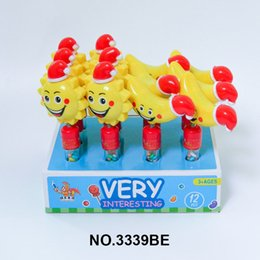 Wholesale Candy toys, shaking head whistle toys, shaking head whistle candy toys, a variety of cute shapes and delicious candies are delicious and fun