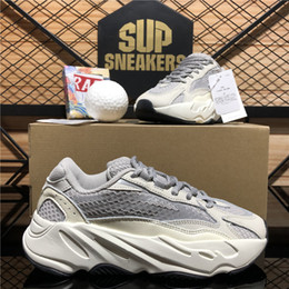 Top Quality Kanye West Running Shoes 700 Wave Runner Inertia Reflective Tephra Solid Grey Utility Black Men Women Outdoor Shoes With Box on Sale