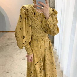 Wholesale minimalist dresses for sale - Group buy EWQ Spring Female Casual Round Neck Single Breasted Lantern Sleeve Minimalist Over Knee Lace Up Yellow Floral Dress Q7171