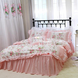 Discount ruffled king bedding set Romantic Embroidery bedding set rose print bedding ruffle lace bed set princess king cotton duvet cover queen