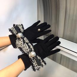 Mujer mujer guante de cuero lujoso diseñadores guantes mujeres invierno motocicletas guante moda guantes casuales en venta