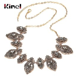 Discount vintage antique turkish jewelry Kinel 2020 New Fashion Boho Gray Big Crystal Flower Necklace For Women Antique Gold Vintage Wedding Necklace Turkish Jewelry