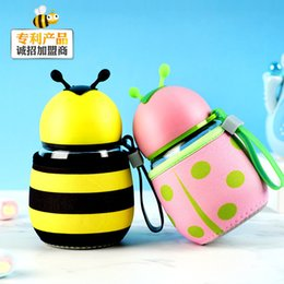 Wholesale New Beetle Little Bee Caterpillar Series Cup Non-Slip Silicone Case Mug Lovely Pure Color Water Bottle Water Cup Hot Selling Mall Gift Cup
