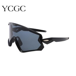 wind sunglasses 2021 - Big Frame Punk Sunglasses 2021 Oversized Outdoor Activities Sunglasses Men Women Sun Glasses Wind Proof Shades Eyewear UV400