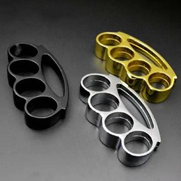 Brand new brass knuckles, chrome steel knuckles and self-defense protection equipment are delivered free of charge on Sale