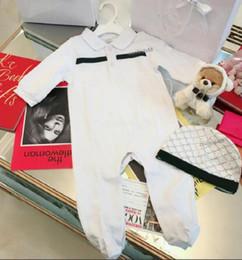 Ingrosso 2021 infantile 2 pezzi set cappello tuta per bambini vestiti per ragazze ragazzi vestiti neonato baby pagliaccetti bambino