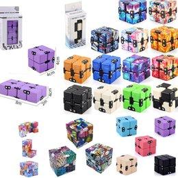 Multi Designs TIKTOK Infinity Christmas Magic Creative Sky Fidget Antistress Toys Office Flip Puzzle Mini Blocks Decompression Funny Toy DHL Ship