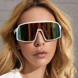 Красочные очки модные цельные солнцезащитные очки европейские и американские спорты на открытом воздухе на Распродаже