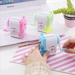 Wholesale Creative cartoon automatic pen sharpener student learning stationery kid hand-cranked pencil Cutting implement faster more convenient and safer