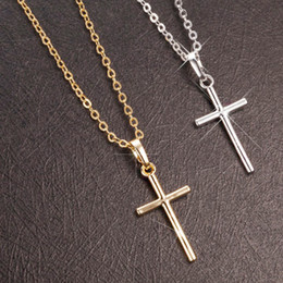 christian cross necklace women NZ - Simple Fashion Cross Chain Necklace For Women Men Luxury Ladies Gold Jewelry Pendant Necklaces Crucifix Christian Ornament Gifts Y0301