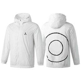 Wholesale 2021 Outdoor Hooded Mens Jackets Sports Windbreaker Patchwork Coats Print Zipper Hoodies Running Outwear Wholesale Sportwear Tops Clothing