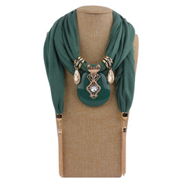 Wholesale Fashion Women Solid Color Tassel Wrap Scarf Multi-style Decorative Jewelry Necklace Pendant Scarf Hijabs Femme Head Scarves