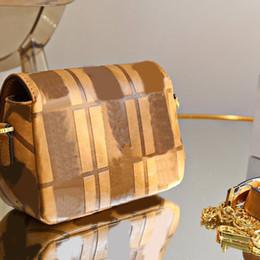 High Quality Women Flap Handbag Purse Baguette Bag F letter Chain Crossbody Bags Fashion Shoulder Bag Wallet Clutch Messenger Bags two size