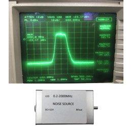 Generador de señal de ruido DC + 12V Fuente de seguimiento simple para amplificador de banda en venta