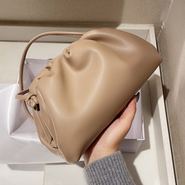 Wholesale computer cloud resale online - 2021 Designers Classic Handbags Cloud Shape Magnet Ladies Totes Evening Bags Clutch Women Pouch Bags Genuine Leather Girls Handbag Wallet