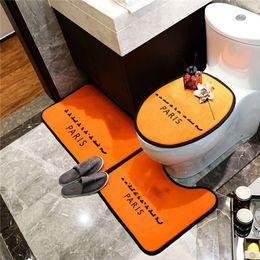 Ingrosso Vendita calda tappeto da bagno 3 pz tappetino da bagno set antiscivolo tappeto tappeto tappetino classico modello antinslizante tappetini da bagno lussuosi