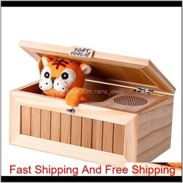toy tigers 2021 - Wooden Electronic Useless Box Cute Tiger Funny Toy Gift For Boy And Kids Interactive Toys Stress-Reduction Desk Decoration Iaqdo Lxykl