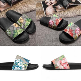 slippers fashion Durable Men Women slipper Sandals Ladies Flops Black White Red Green Shoes