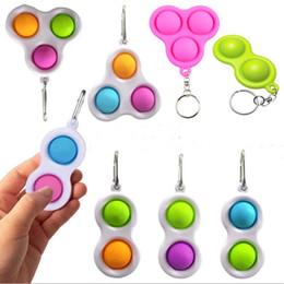 Wholesale Push Pop Fidget Simple Dimple Keychain Key Ring kids Finger Toys Pop It Fidget Sensory Squeeze Toys Squeezy Vent Balls Anti Anxiety H25P7KR