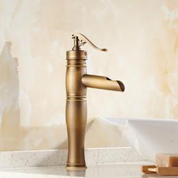 Wholesale Vintage Retro Antique Brass Single Handle One Hole Bathroom Basin Sink Faucet Mixer Water Tap Deck Mounted man006