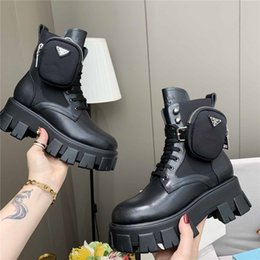 Wholesale Women Stylist Rois Boots Ankle Nylon Pocket Black Boot Martin Winter Thick-Soled Shoes Wear-Resistant Rubber High-Top Platform Shoe size 35-45