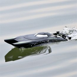 Dual Motor RC Boats 25KM H High Speed Racing Boat 7.4V Large Capacity Battery 2 Channels 2.4G Remote Control Boats TSLM1 210323 on Sale