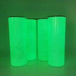 Sublimation Straight Leuchtflasche 20Oz Zylinder Glühen im dunklen Edelstahl Isolierte Thermosfluoreszenz weiße leere Wärmeübertragung Wasser Tumbler im Angebot