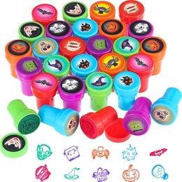 Venta al por mayor de Aprendizaje Educación Juguetes Sello de los niños 10 unids / Set Stamps Animals Fruits Niños para scrapbooking DIY Dibujos animados Stampper
