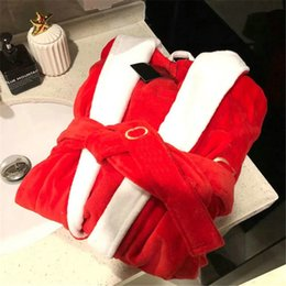 Wholesale Casual Couple Hooded Robes Embroidery Letter Designer Bathrobe Men Women Sleep Bath Robe With Hoods For Autumn Winter
