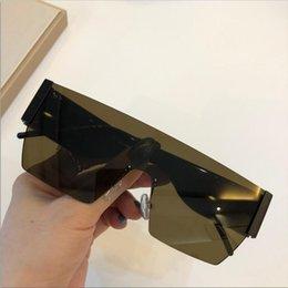 Box Quality Men Sunglasses Gafas Sthd Protects Style Glasses Women Sunglasses Fashion Sun New Top Eyes Mens DG2233 Lunettes De Soleil W Tlff