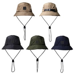 Wholesale New Fashion Bucket Hat Foldable Fisherman Hat Unisex Designer Outdoor Sunhat Hiking Climbing Hunting Beach Fishing Hats Men Draw String Cap