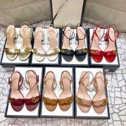 Горячие каблуки с коробкой женщин обувь качественные сандалии высоты каблуки 7см и 5см сандалии плоские ботинки слайды тапочки по обуви 10 01 на Распродаже