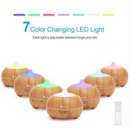 Лампы ароматизаторов 21411YK 110V 14W 550 мл аромата диффузор с коричневым пластиком с белым удаленным Cntrol красочный свет на Распродаже