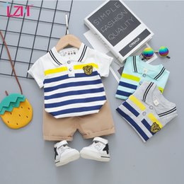 baby boy play clothes UK - Summer Casual All-Match born Baby Girl Clothes Fashion Stripes Boy Set Outdoor Play Kids 2-Piece 210516