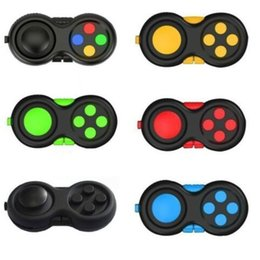 Wholesale 1PIECE Fidget Pad Hand Shank Handle Game Controller Squeeze Finger Toy Fun ADHD Anxiety Depression Stress Relief Handle with box HH34IX0C
