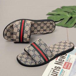 Luxury Printed pattern slipper Designer Rubber slide sandal Floral brocade men Gear bottoms Flip Flops striped blue Khaki causal outdoor ind