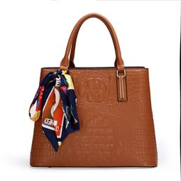 designer bag factory UK - Factory winter autumn and Women's new fashion simple atmosphere Alligator Hand single shoulder bag with silk scarf TSJZ